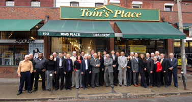 Tom's-Place-Staff-Storefront