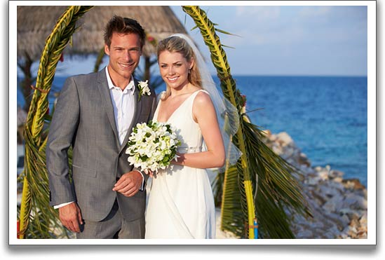 toms-fiance-destination-wedding